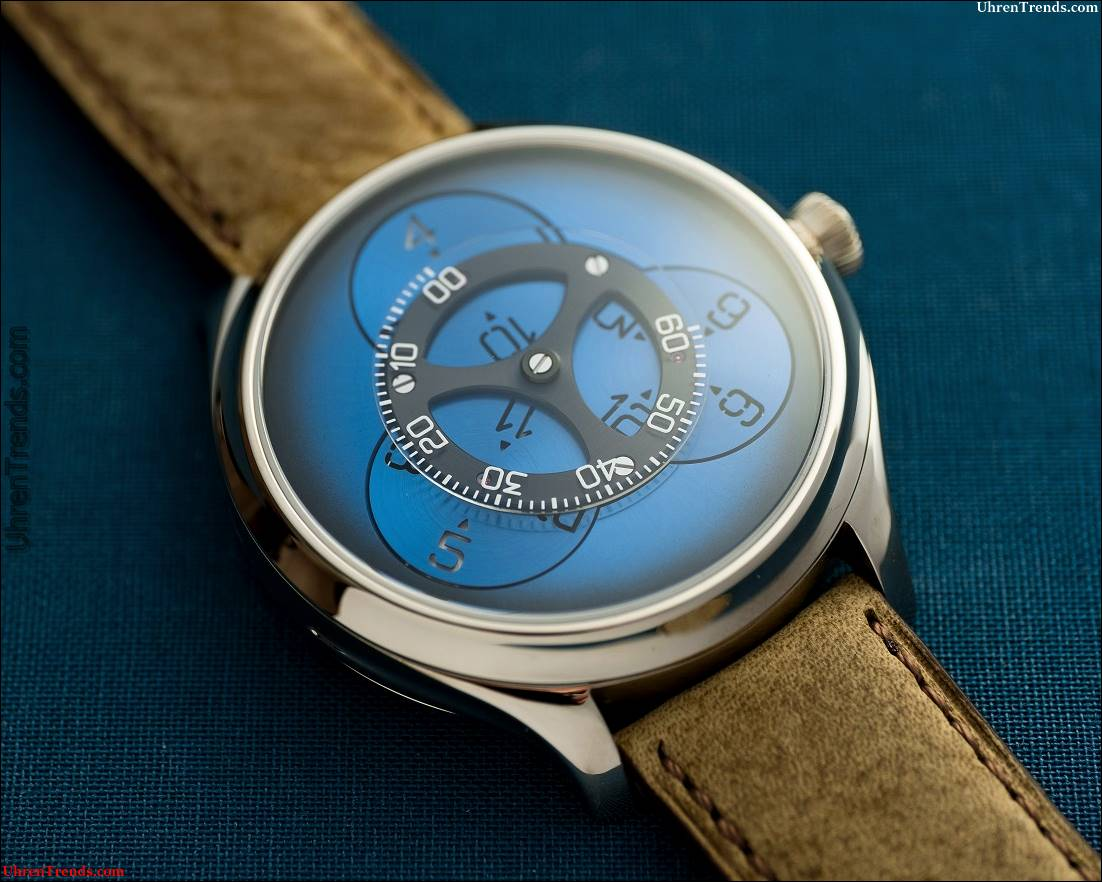 H. Moser & Cie. Endeavour Flying Hours Watch