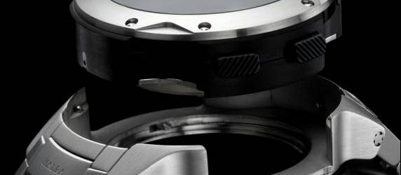 Jean-Claude Biver erzählt uns, was er über Smartwatches erfahren hat, während wir im März auf eine neue TAG Heuer Connected Modular Watch warten
