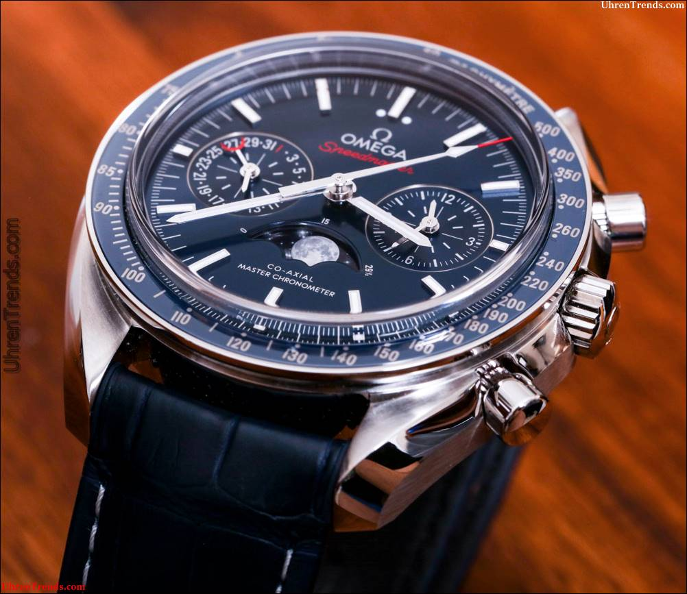 Omega Speedmaster Moonwatch Co-Axial Master Chronometer Mondphase Chronograph Watch Review