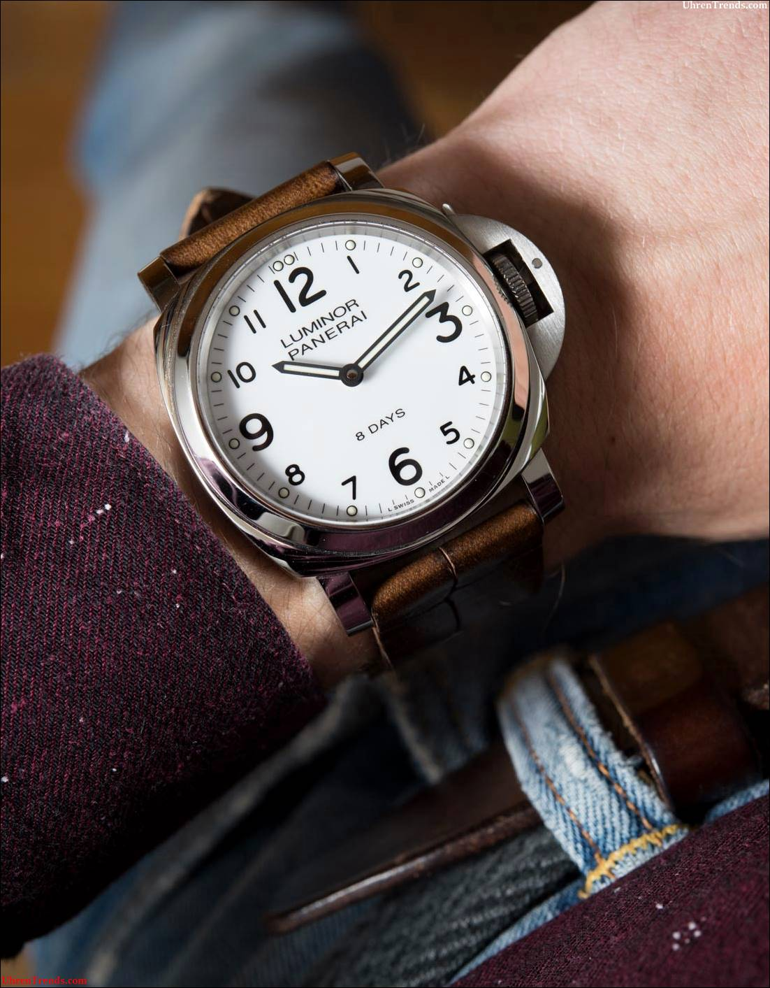 Panerai Luminor Base 8 Tage Acciaio PAM561 Watch Review