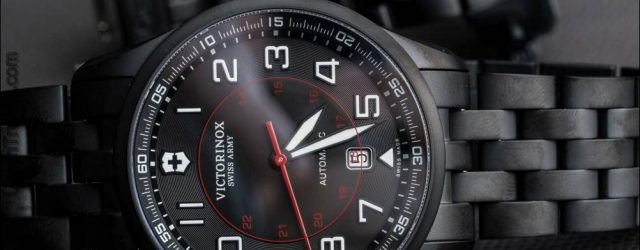 Victorinox Swiss Army Airboss mechanische Black Edition Uhr auf Armband Follow-up Review