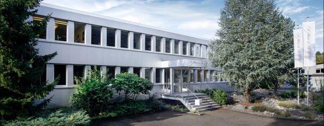 H. Moser & Cie: Ein Blick in die Geschichte und Besuch der Manufaktur