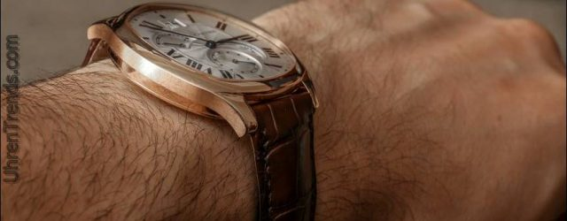 Cartier Drive De Cartier 'Kleine Komplikation' Gold Watch Review